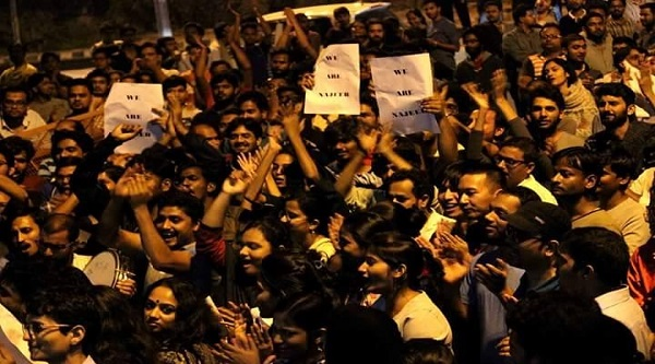 Students of JNU marching towards local police station on Monday (17 Oct) seeking recovery of Najeeb Ahmed.