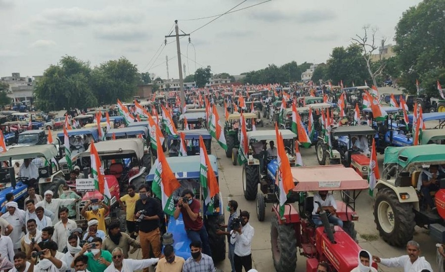 Haryana Police Stop Delhi Bound Youth Cong's Tractor Rally Against Farm Bills in Panipat | Clarion India